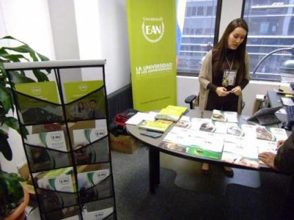 La Universidad EAN presente en la Feria