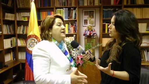 Entrevista de Caracol televisión a la Cónsul General de Colombia en Nueva York, Elsa Gladys Cifuentes Aranzazu