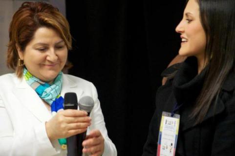 Elsa Gladys Cifuentes Aranzazu, Cónsul General de Colombia en Nueva York,  e Ivonne Forero, Coordinadora del Programa Colombia Nos Une